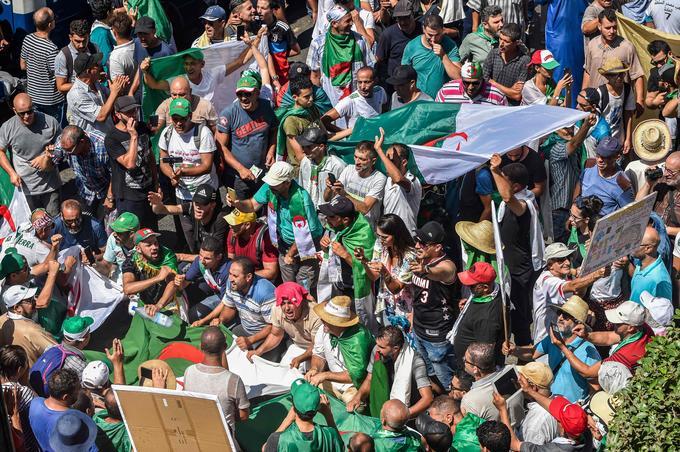 Pour le 26e vendredi de manifestations consécutif, les Algériens étaient au rendez-vous dans les rues de leur capitale.