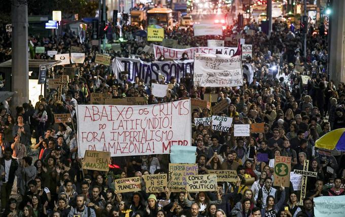 Une manifestation pour dénoncer l'inaction de Jair Bolsonaro face aux incendies de la forêt amazonienne, à Rio de Janeiro le vendredi 23 août.