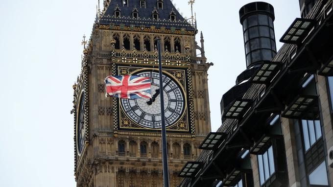 Le taux de chômage au Royaume-Uni a atteint son plus bas niveau depuis 1974.