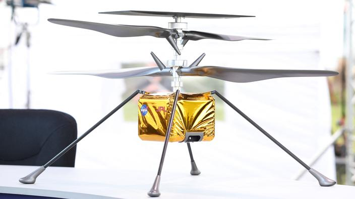 The small Ingenuity helicopter will have to manage to rise into air with a density equivalent to only 1% that of the Earth's atmosphere.