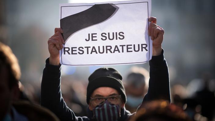 Covid-19 : neuf maires de Seine-Saint-Denis attaquent en justice le décret sur la fermeture des bars et des restaurants