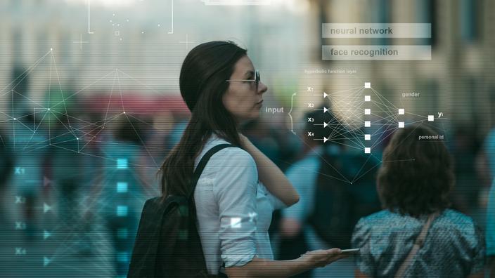 Reconnaissance faciale : la société Clearview AI accusée de «surveillance de masse illégale» - Le Figaro