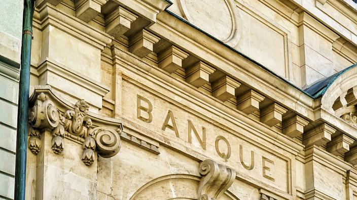 Les banques augmentent leurs tarifs en 2021, selon l'Observatoire des tarifs bancaires - Le Figaro
