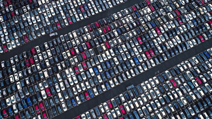 Automobile: les ventes se sont effondrées en Europe en janvier - Le Figaro