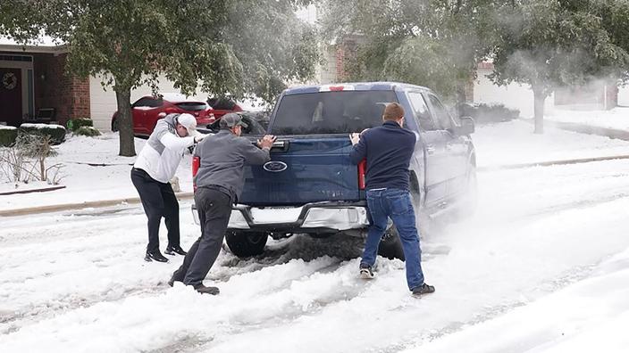 Entre résilience et exaspération, les Texans font face à une vague de froid historique - Le Figaro