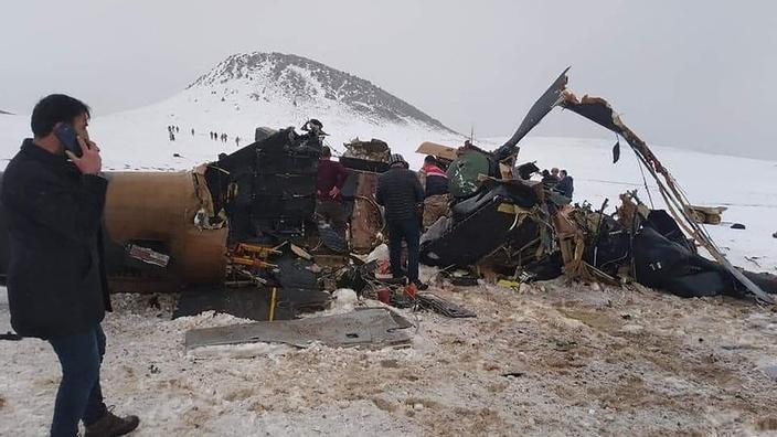Turquie : un hélicoptère militaire s'écrase, onze morts dont un général - Le Figaro