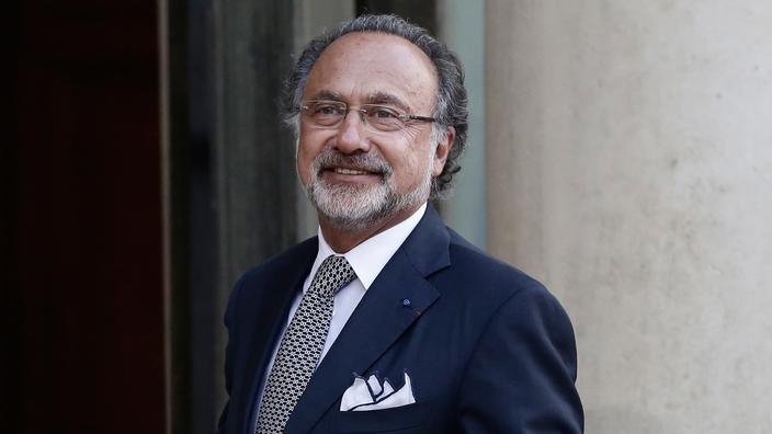 U PADU HELIKOPTERA: Poginuo francuski političar i milijarder Olivier Dassault