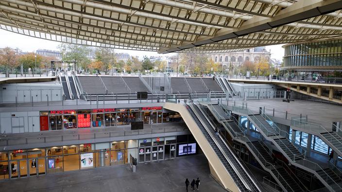 Bercy envisage de prendre en charge le loyer de certains commerces - Le Figaro