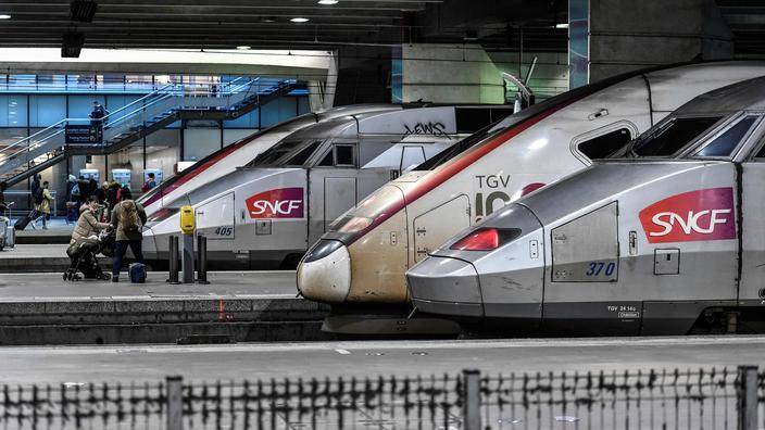 SNCF : les trains quittant Paris pris d'assaut après l'annonce du confinement