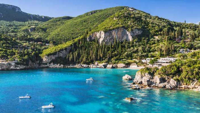 Covid-19: la Grèce allège les restrictions pour certains touristes