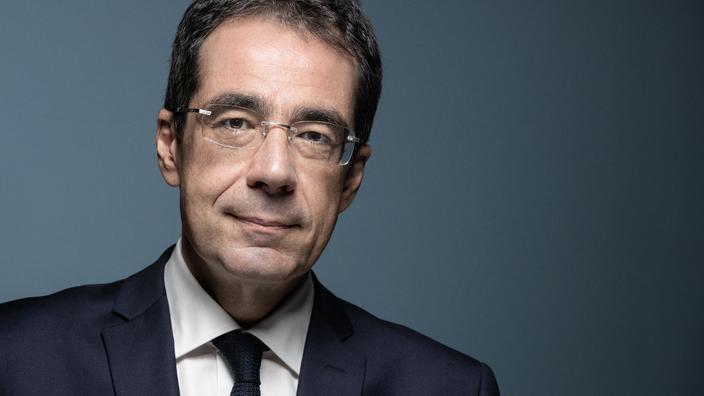 Blanchi, Darius Rochebin devrait faire son retour très rapidement sur LCI