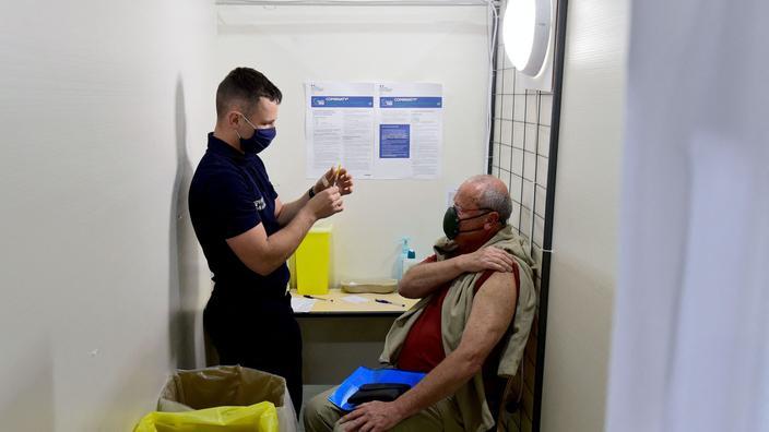 Covid-19 : ouverture d'un «vaccinodrome» à Paris début mai