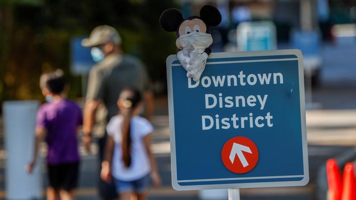 Les parcs d'attractions et fêtes foraines pourront rouvrir le 9 juin