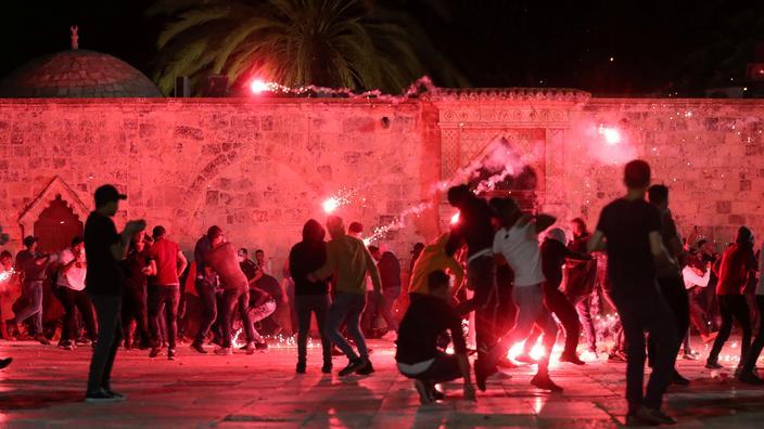 Jérusalem : plus de 180 blessés dans les heurts sur l'Esplanade des Mosquées