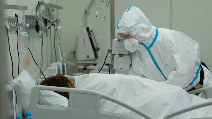 Covid: Moscou décrète des vaccinations obligatoires face à une situation «dramatique»