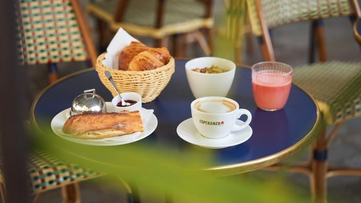 Thé ou café ? La première Journée Nationale du Petit Déjeuner, ce 22 juin, passe à table…