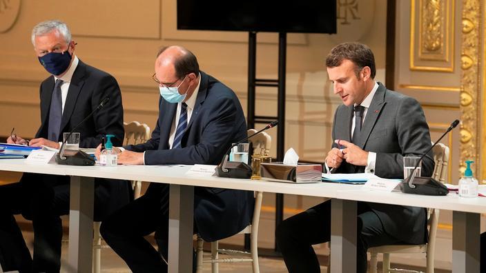 Popularité : Emmanuel Macron et Jean Castex en baisse en juillet