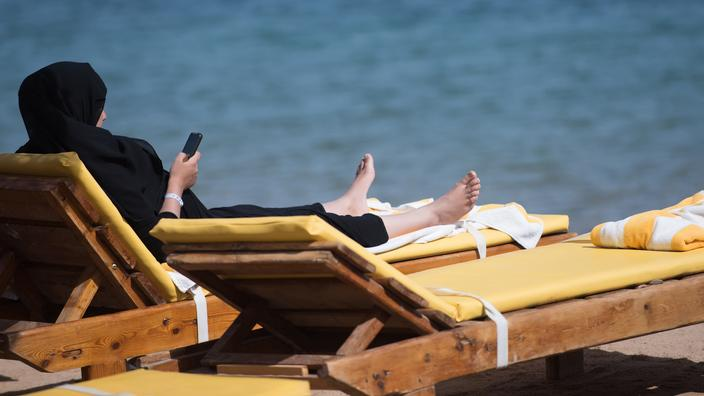 À Grenoble, une nouvelle action de femmes voulant se baigner en burkini
