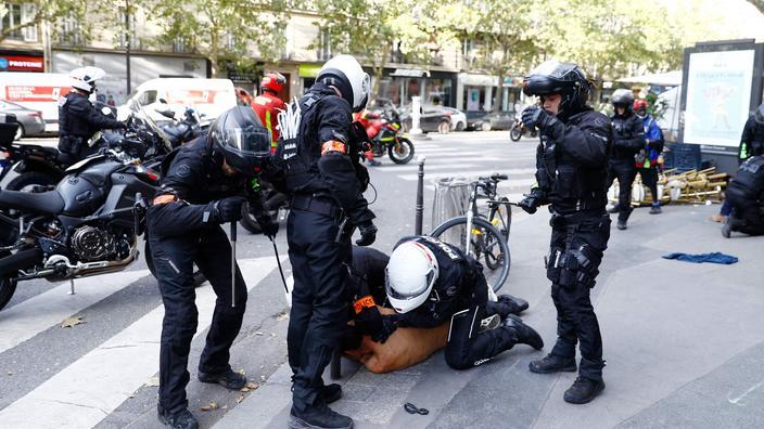 Passe sanitaire : 71 interpellations, dont 24 à Paris, lors des manifestations de samedi