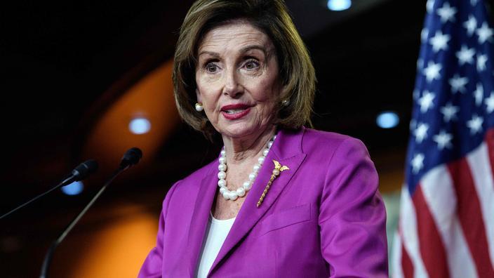 États-Unis : Nancy Pelosi qualifie le chef des républicains du Congrès de «crétin»