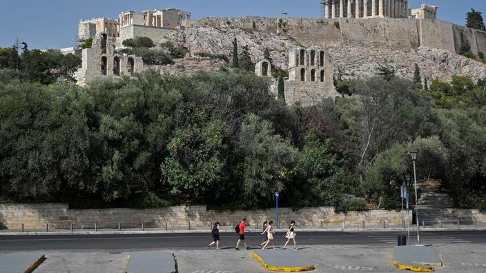 À Athènes, l'Acropole ferme aux touristes en raison de «la pire canicule depuis 1987»