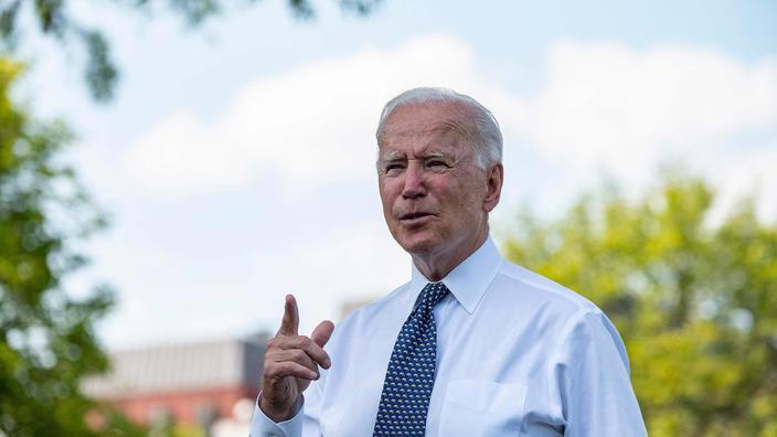 Voiture électrique: Biden veut que les Etats-Unis prennent le volant