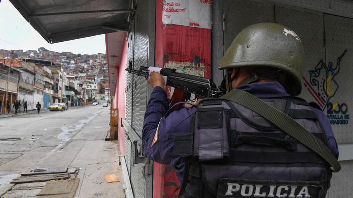 Venezuela: des policiers arrêtés après l'exécution filmée d'un jeune