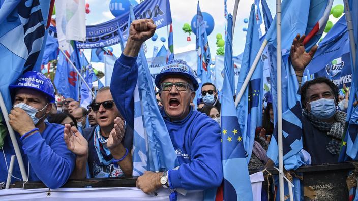 Manifestation géante à Rome contre l'extrême droite - Le Figaro