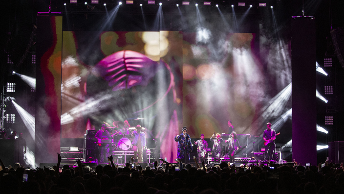 Regarder la vidéo Retards, annulations de concerts, incidents … Enquête sur la dure gestion des caprices d'artistes