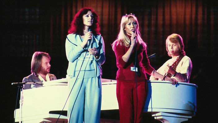 Regarder la vidéo ABBA dévoile Just A Notion, un extrait très seventies de son prochain album