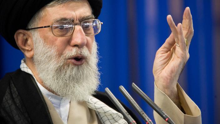 Iran : Khamenei appelle à revenir sur les accords de normalisation avec Israël