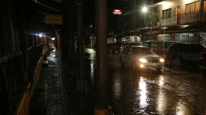 Mexique : l'Ouragan Rick touche Acapulco sur la côte pacifique