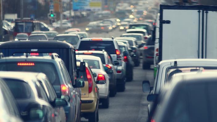 Ile-de-France: l'autoroute A13 rouvre après 36 heures de fermeture due à un vol de câbles