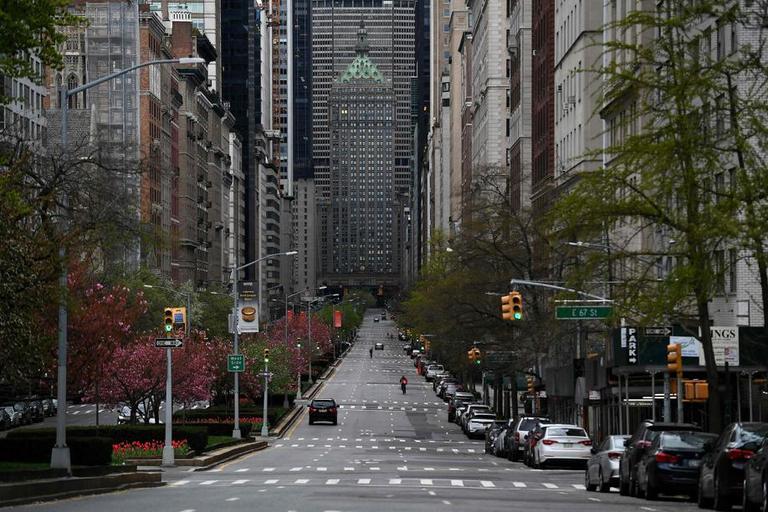 New York, qui compte officiellement 8,6 millions d'habitants, est une mégapole particulièrement dense: plus de 10.000 habitants au km2.