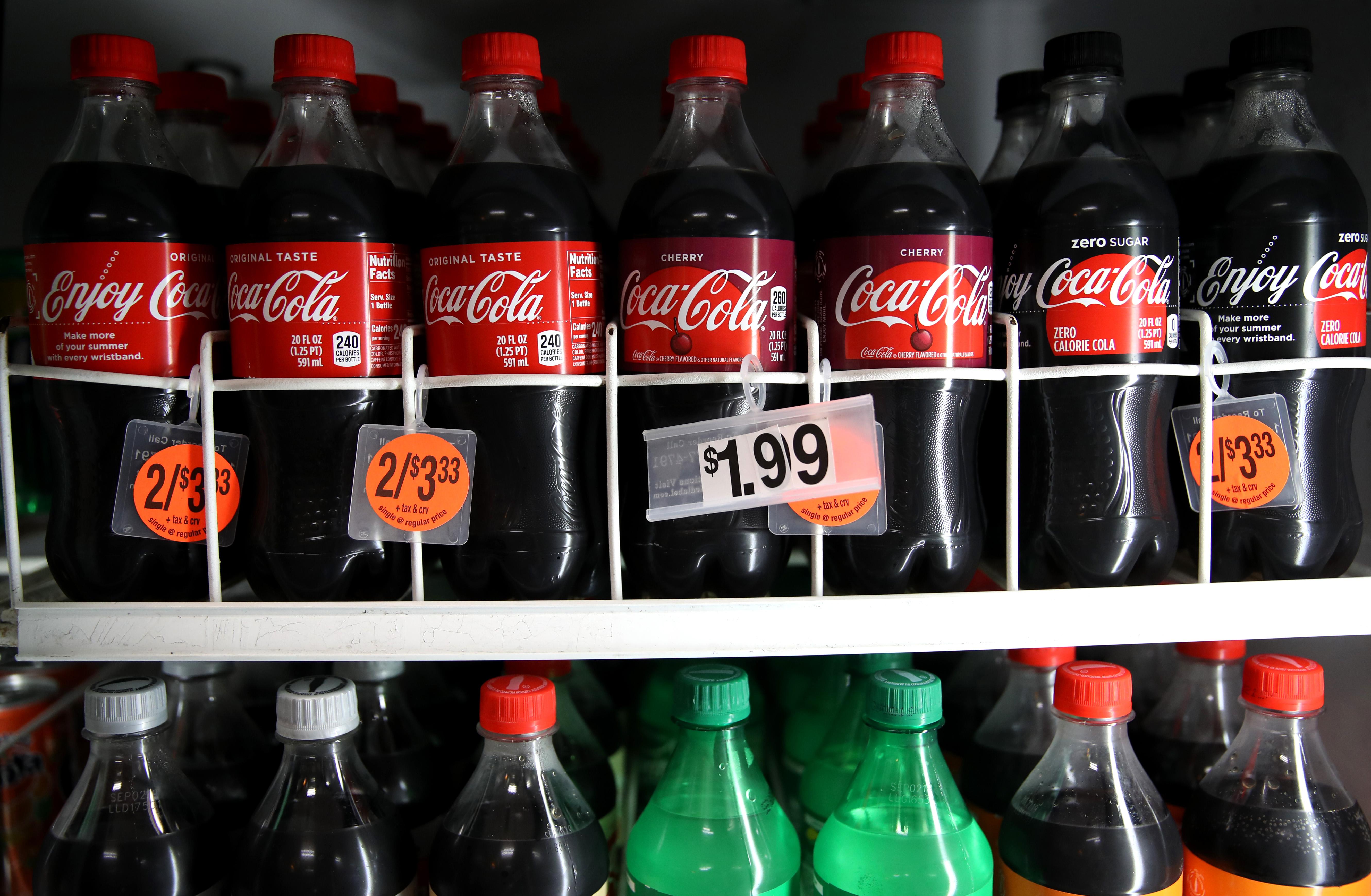 Les publicités pour les sodas bientôt interdites à Singapour, une première mondiale