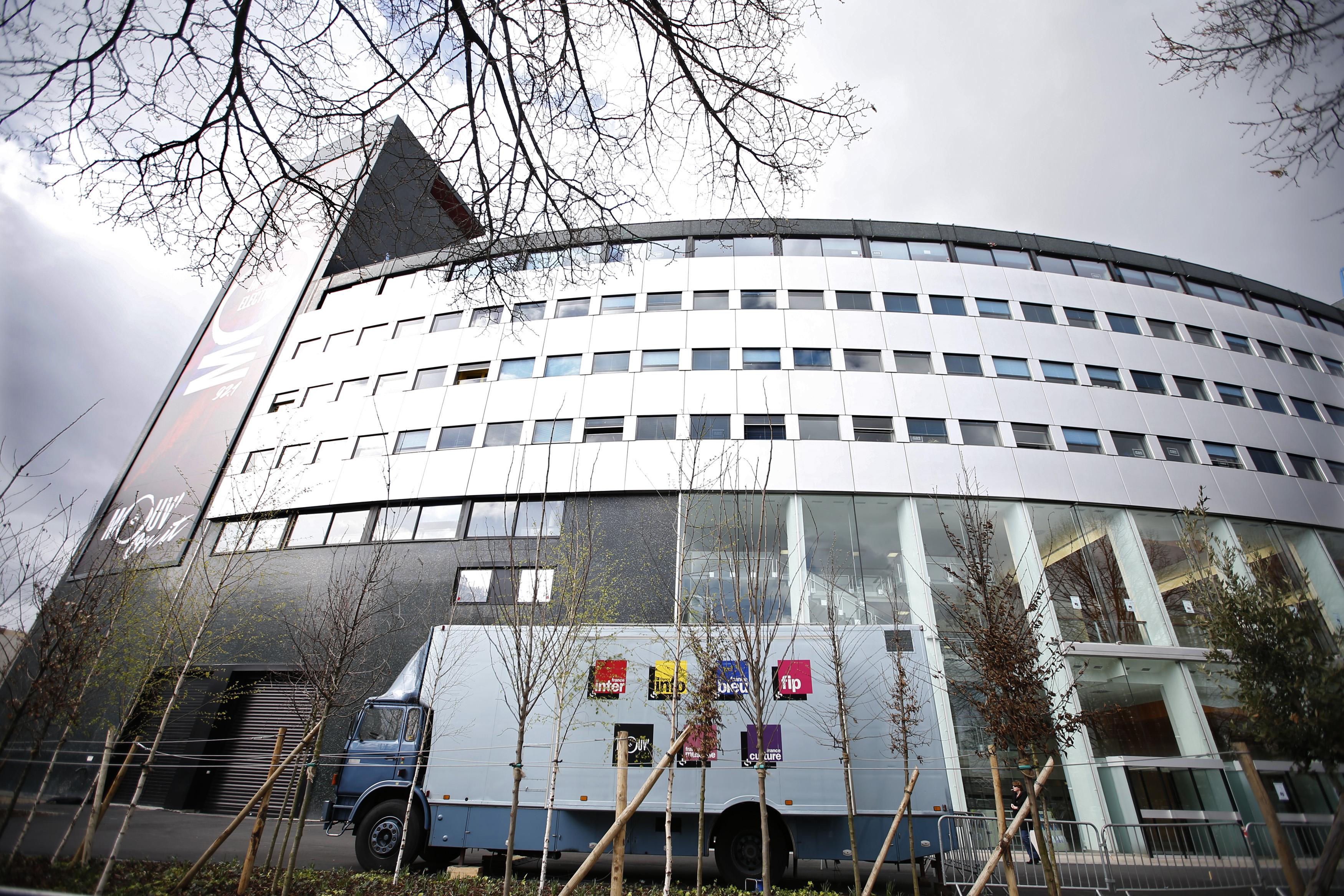 Une grève contre un plan de suppression de 299 postes touche depuis lundi plusieurs antennes. «Chacun doit faire des efforts», a estimé ce vendredi le ministre de la Culture.