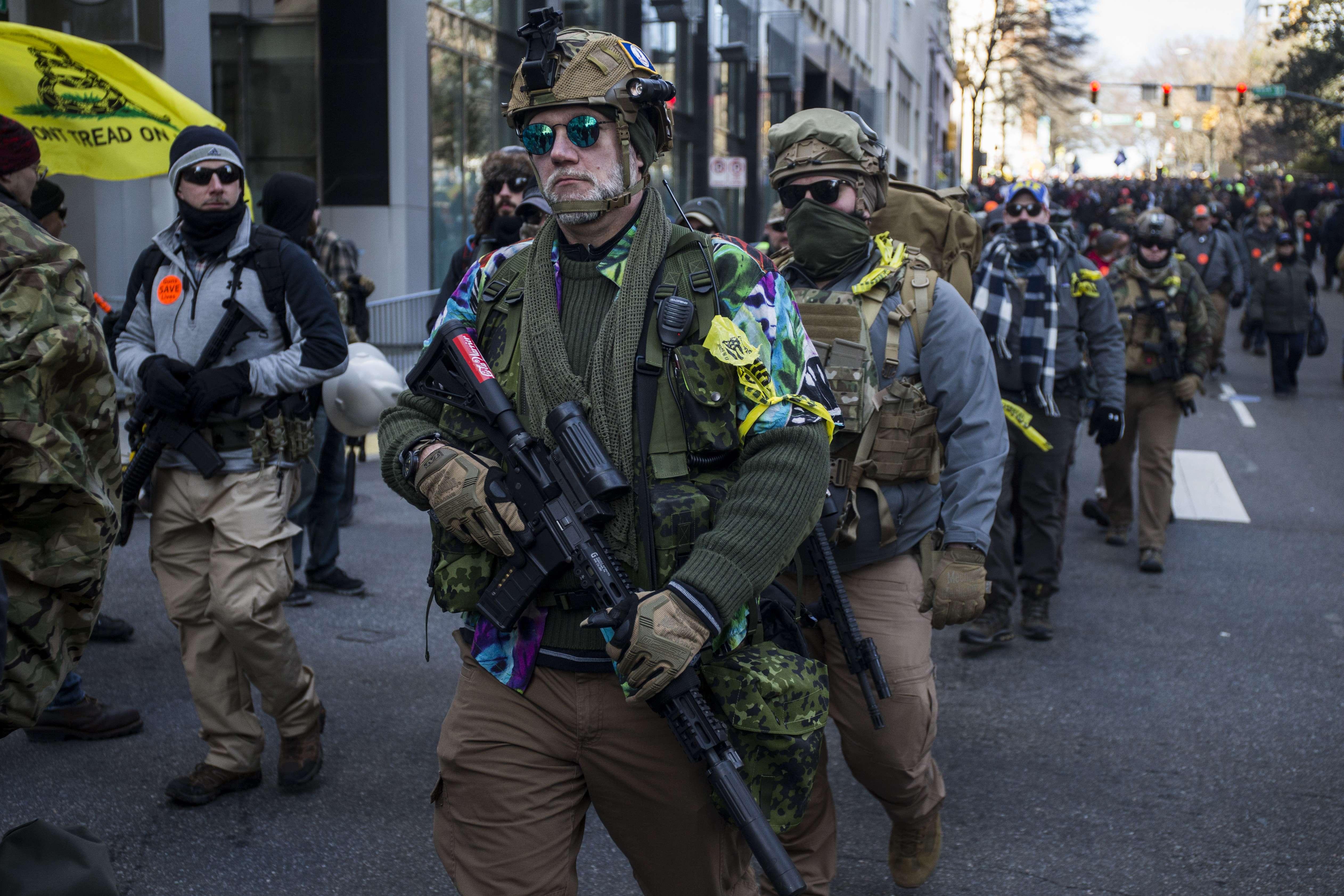 Démonstration de force des militants pro-armes en Virginie