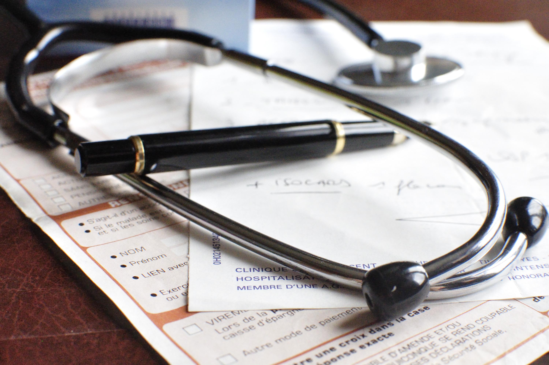 Fausse médecin en Saône-et-Loire : nouvelle mise en examen après le décès d'un 2e patient
