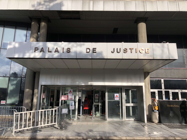 Renvoi du procès du maire de Colombes, qui avait comparé les forces de l'ordre à la police de Vichy