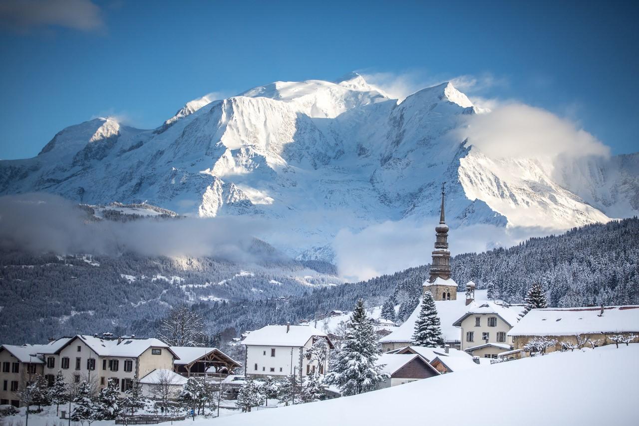 Ski de randonnée : pourquoi Combloux est la station idéale pour se lancer