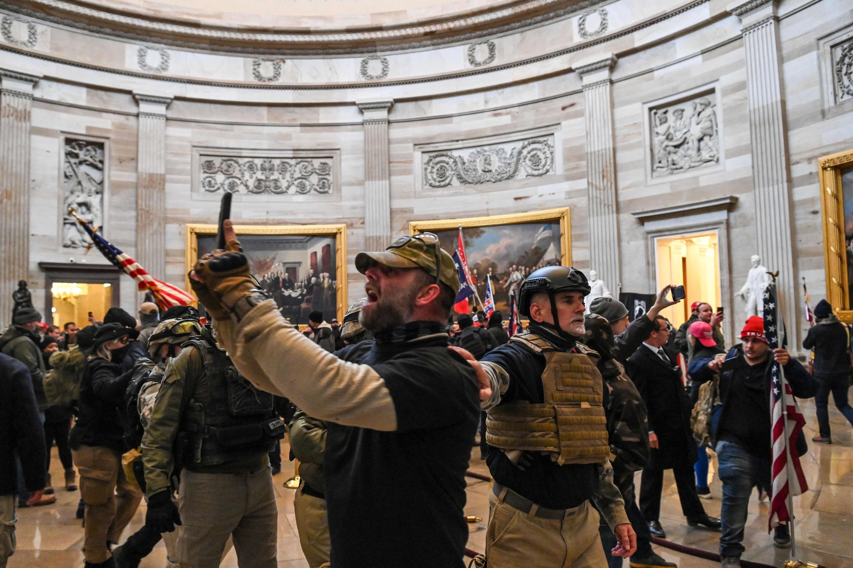 EN DIRECT - Le Capitole envahi par des pro-Trump, la police se déploie pour protéger les élus