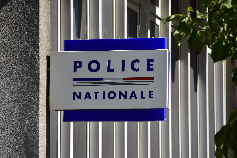 Seine-Saint-Denis : huit policiers en garde à vue pour «violences» et «détention de stupéfiants»