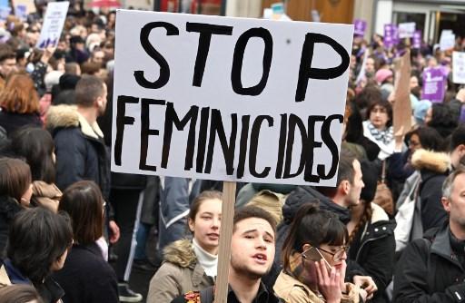 Amiens: marche blanche en hommage à Claire, victime présumée de son compagnon
