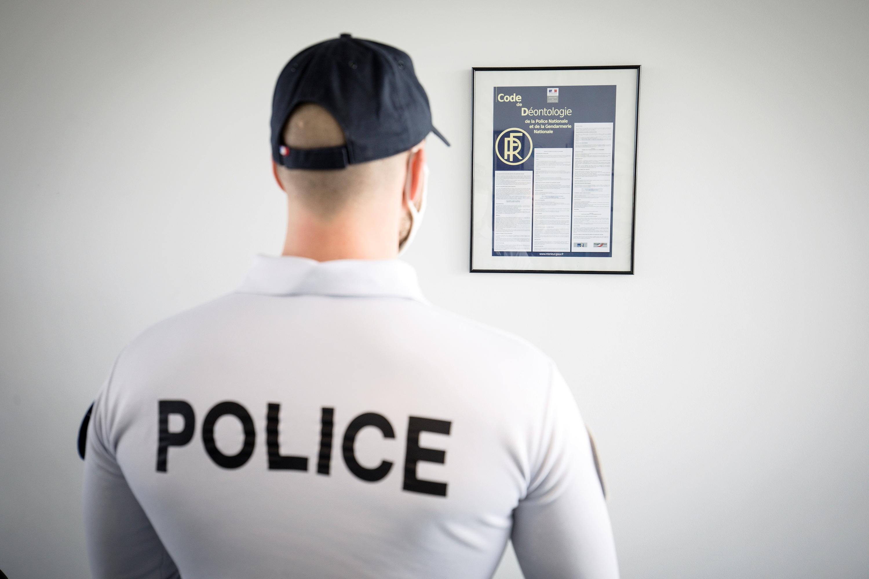 À Bayonne, un policier blessé par un homme en fuite, lui-même blessé puis arrêté peu après
