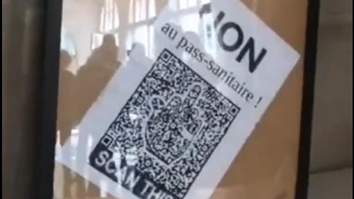 Doubs : un portrait officiel d'Emmanuel Macron déchiré et remplacé par un QR code à l'hôtel de ville de Besançon