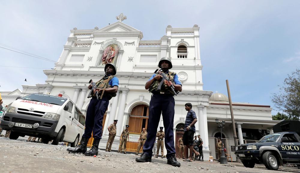 Attentats au Sri Lanka: plus de 150 morts dans des hôtels et des églises visés le jour de Pâques