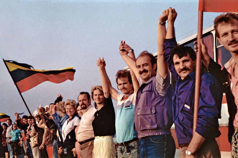 Souvenez-vous: il y a trente ans, les Baltes défiaient l'URSS et réclamaient leur liberté!