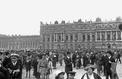 Traité de Versailles: il y a cent ans, Le Figaro au coeur de la foule