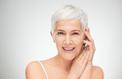 Avec l'âge, la peau perd ses cellules grasses