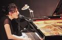 Figaro Live Musique: revivez le concert privé de Loane, une solitaire bien entourée